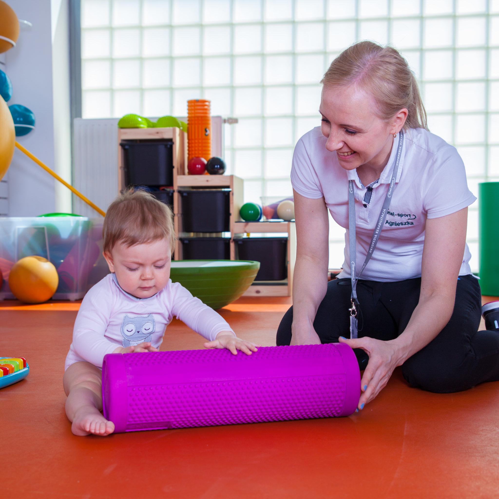Kiedy należy rozważyć rehabilitację neurologiczną dziecka? Poradnik dla rodziców