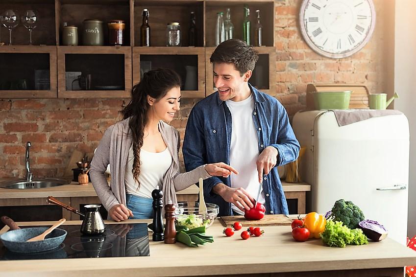 Młodym trudniej przejść na dietę, bo… nie umieją gotować