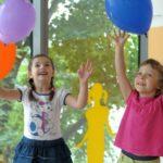Jakie prezenty dla przedszkolaków są najbardziej wartościowe?