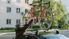 Auto i rower w wynajmie – Arval wprowadza ofertę 6 Wheels