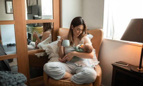 Czy kobieta w ciąży może pić kawę? Czy może być wegetarianką? Czy może jeść wszystkie sery? – Jak zadbać o żywienie w czasie ciąży