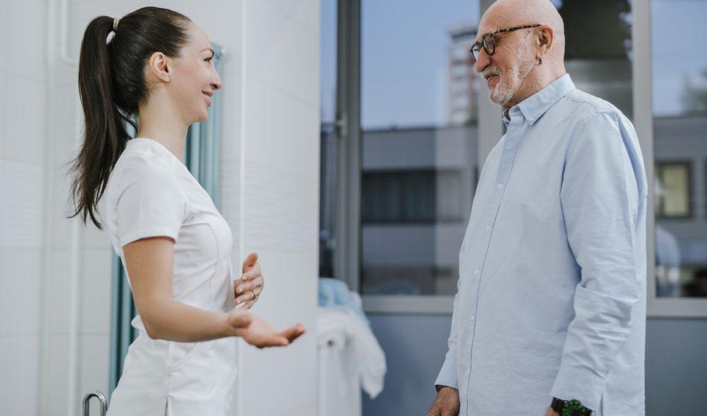 Edukacja pielęgniarek a efektywność opieki i jakość życia pacjentów